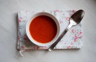 Soep van geroosterde tomaten