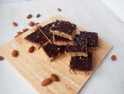 Amandel en kokoskoek met chocolade